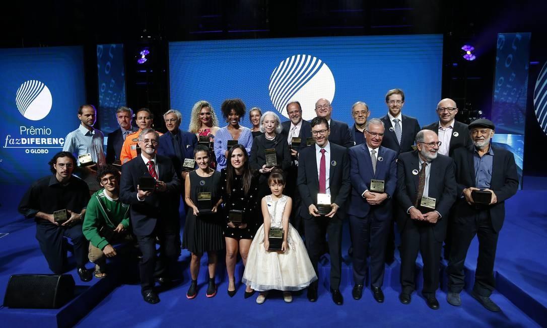 Os vencedores do Prêmio Faz Diferença 2018, na cerimônia que aconteceu na Casa Firjan Foto: Pablo Jacob / Agência Globo