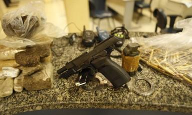 Bope apreende drogas e armas em operação na Vila Cruzeiro Foto: Guilherme Leporace / Agência O Globo
