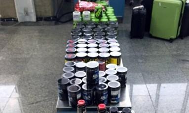 Receita Federal, com apoio da Polícia Federal, apreende grande carregamento de suplementos alimentares Foto: Divulgação PF