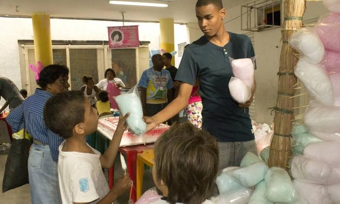 Criançasvão poder participar de uma festa na Escola de Samba Acadêmicos da Rocinha, em São Conrado Foto: Divulgação