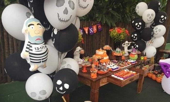 Pixuleco decora festa infantil com tema 'Halloween' Foto: Reprodução