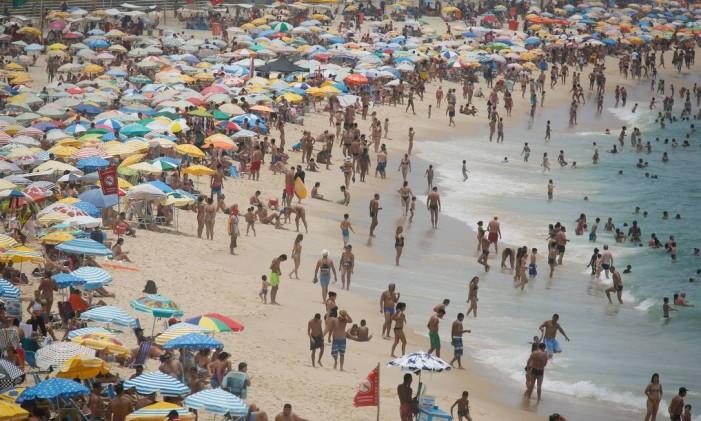 De todos os casos de câncer registrados no Brasil, o de pele é o mais frequente e equivale a 32% dos tumores diagnosticados em todas as regiões do país Foto: Pablo Jacob / Agência O Globo