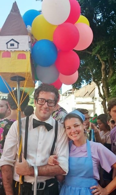 O casal de 'Up - Altas aventuras' desembarcou no Sargento Pimenta e seguiu para o Brasília amarela Cissa Loureiro / Agência O Globo