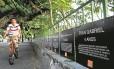 Cartazes com nomes de crianças mortas por balas perdidas: o ato na Lagoa foi organizado pelo Rio de Paz