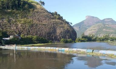 Nova ecobarreira é colocada na Lagoa da Tijuca Foto: Divulfação