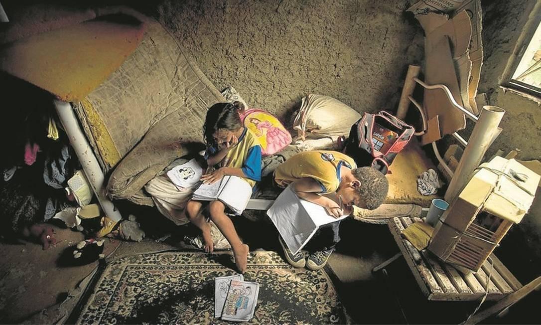 Estado não libera verba para programa de ajuda a famílias abaixo da pobreza