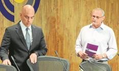 O ministro da Justiça, Alexandre de Moraes, e o secretário Beltrame: PF está à disposição do estado Foto: Adriano Ishibashi/FramePhoto