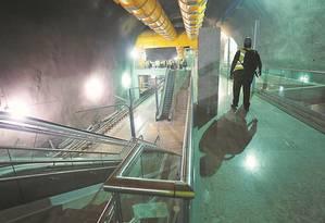 Obras na Estação São Conrado: inauguração da Linha 4 do metrô, que ligará Ipanema à Barra da Tijuca, está marcada para o dia 1º de agosto Foto: Custodio Coimbra/15-12-2015