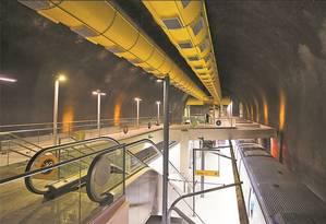 Num teste, antes da inauguração, trem para na nova Estação São Conrado: Linha 4 só será liberada para a população no dia 19 de setembro e em horário reduzido Foto: Guito Moreto/21-7-2016