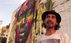 """Kobra e o mural """"Etnias"""" Foto: Reprodução"""