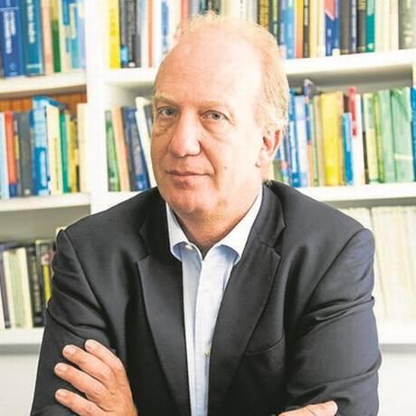 """A reforma da previdência vai nos afetar fortemente"", comenta Neri Foto: Fabio Seixo/10.8.2015"