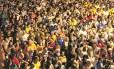 Passageiros na estação São Cristóvão do metrô após encerramento da cerimônia de abertura, na sexta-feira