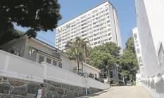 O Hospital São Francisco na Providência de Deus, na Tijuca, onde fica o Centro Estadual de Transplantes: cirurgias não são agendadas Foto: Domingos Peixoto