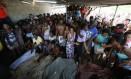 Moradores encontraram corpos na mata próxima ao Karatê Foto: Pablo Jacob / Agência O Globo