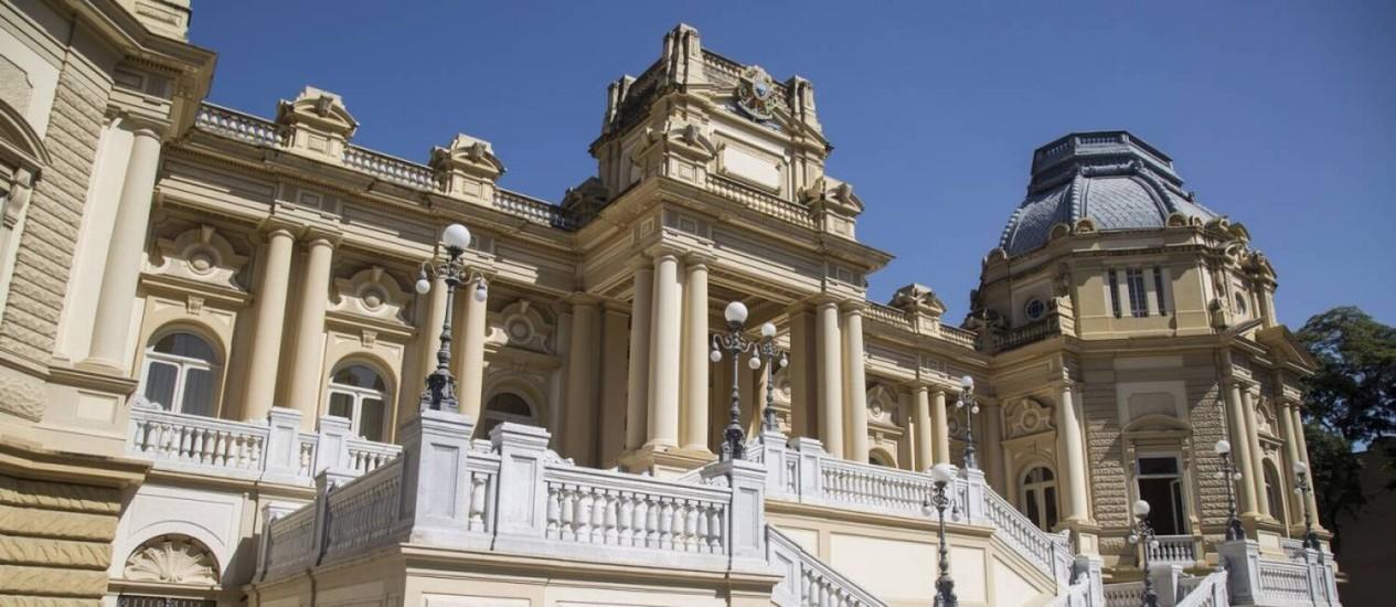Palácio Guanabara, sede do governo do Rio Foto: Ana Branco / Agência O Globo