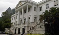 Fachada do Palácio da Cidade, em Botafogo: a sete quilômetros do centro administrativo Foto: Márcia Foletto
