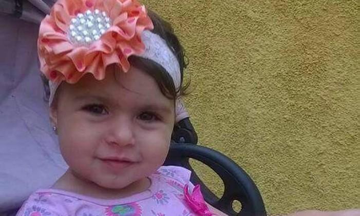A menina Sofia Lara Braga, de 2 anos, que foi morta por bala perdida em Irajá Foto: Reprodução
