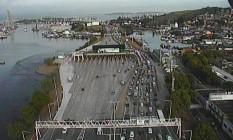 Acidente no vão central da Ponte provoca longo congestionamento no sentido Rio Foto: Ecoponte