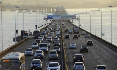 Ponte Rio-Niterói: maior fluxo para quem deixa a cidade deverá ser nesta quinta-feira Foto: Divulgação - Ecoponte
