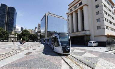Operação regular da Linha 2 do Veículo Leve sobre Trilhos (VLT) começa nesta quarta-feira Foto: Pablo Jacob / Agência O Globo