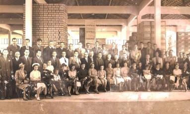 Funcionários da fábrica Sabão Português Foto: Divulgação