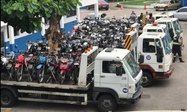 As motos foram levadas para um depósito público Foto: Divulgaçãp/PMERJ