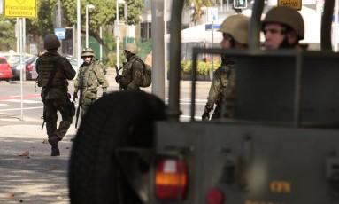 Agentes das Forças Nacionais Foto: Thiago Freitas / Agência O Globo