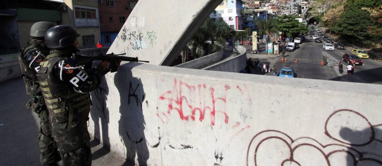 Forças armadas ocupam a Rocinha Foto: Paulo Nicolella / Agência O Globo
