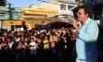 Marquinhos de Oswaldo Cruz canta durante o evento