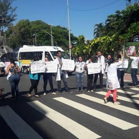 Manifestação na Avenida Niemeyer Foto: Divulgação/PMERJ