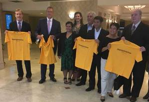 Autoridades e representantes do turismo no Hostel Hilton Foto: Divulgação