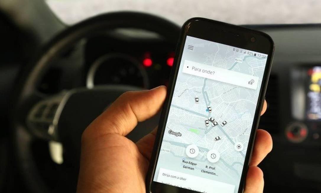 Crivella afirma que vai regulamentar aplicativos como Uber no Rio - Jornal  O Globo 6475f89f4c442