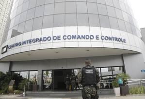 Militares em frente ao Centro Integrado de Comando e Controle (CICC), na Cidade Nova Foto: Gabriel Paiva / Gabriel Paiva