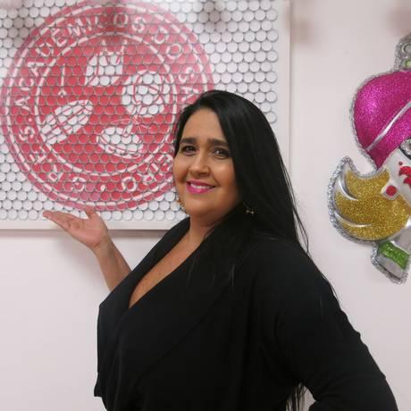 Regina Celi assumiu a presidência do Salgueiro em 2009 Foto: Rodolfo Mageste