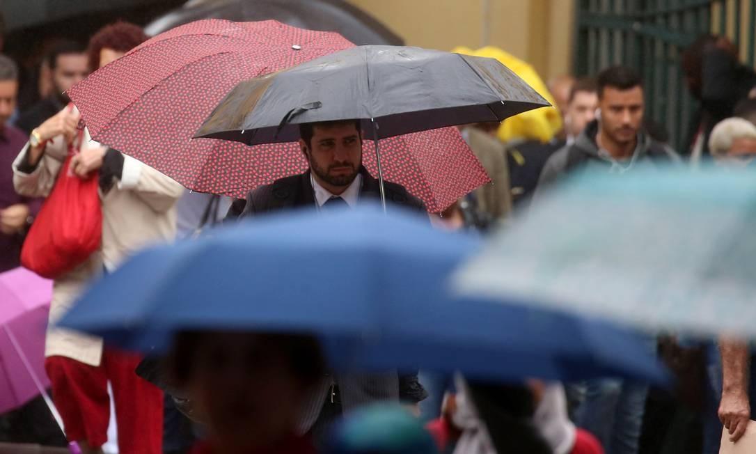 Dia chuvoso no Rio Foto: Fabiano Rocha 14-06-2018 / Agência O Globo
