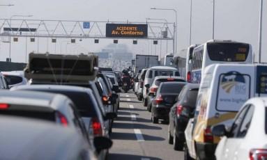 Motoristas enfrentam trânsito intenso na Ponte todos os dias Foto: Pablo Jacob / Pablo Jacob