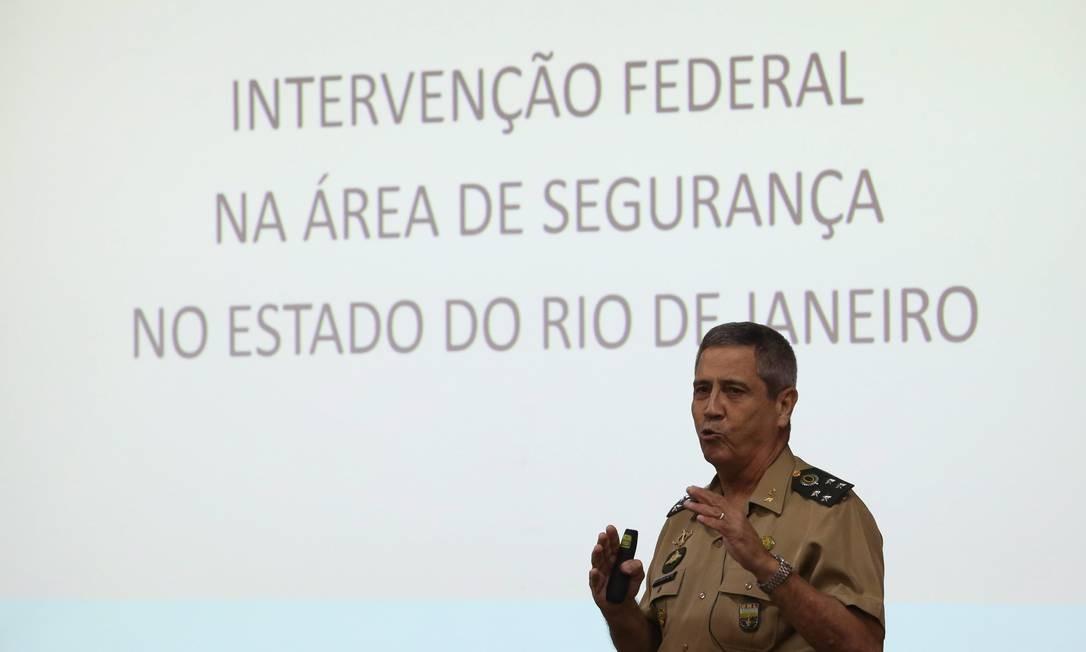 BRASIL - Brasília - BSB - PA - 12/04/2018 - O interventor federal da Segurança do Rio, General Walter Souza Braga Netto, em palestra no Superior Tribunal Militar - STM. Foto de Ailton de Freitas / Agência O Globo Foto: Ailton de Freitas / Agência O Globo