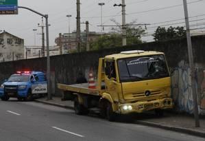 Reboque que provocou o acidente na Zona Norte do Rio Foto: Domingos Peixoto