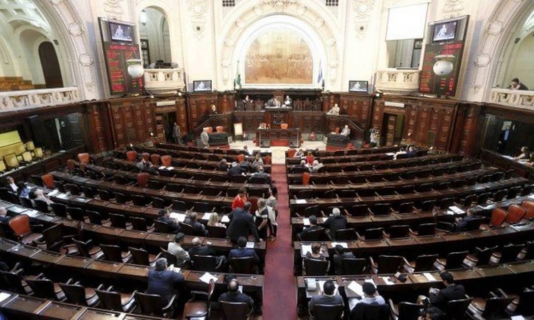 Plenário da Alerj Foto: Domingos Peixoto / Agência O Globo