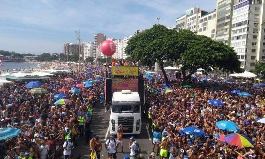 Bloco da Favorita desfilou em 2017 e 2018, em Copacabana Foto: Foto: Camila Zarur