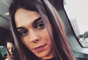 Kézia, de 34 anos, estava na garupa do jet ski quando foi atingida por outra moto aquática Foto: Reprodução