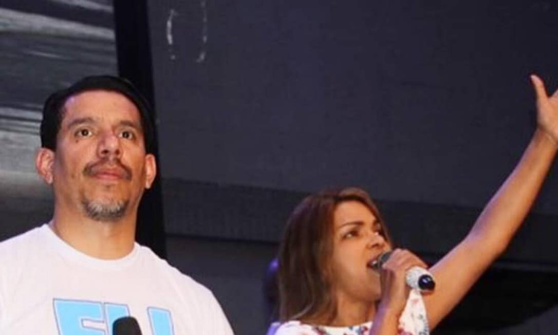 Pastor Anderson do Carmo e a deputada Flordelis Foto: Reprodução/Facebook