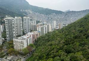São Conrado poderá ganhar novos edifícios: prefeitura estuda permitir construções em áreas onde hoje só existem casas Foto: Brenno Carvalho / Agência O Globo