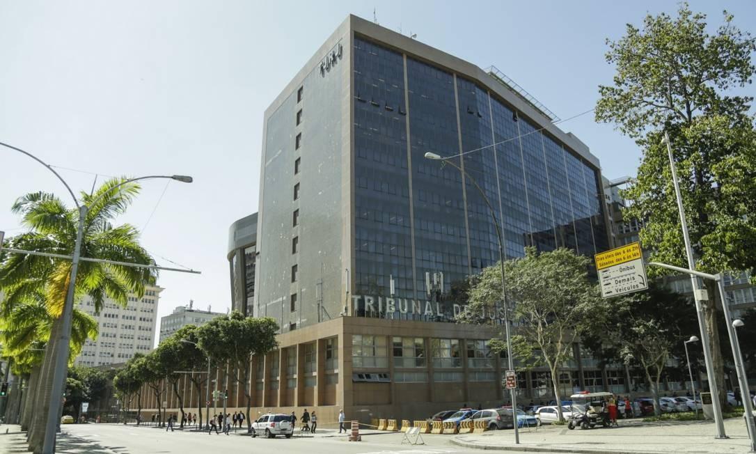 Tribunal de Justiça enviou projeto para Alerj que prêve gasto extra de R$ 100 milhões na folha de pagamento em 3 anos Foto: Gabriel de Paiva / Agência O Globo