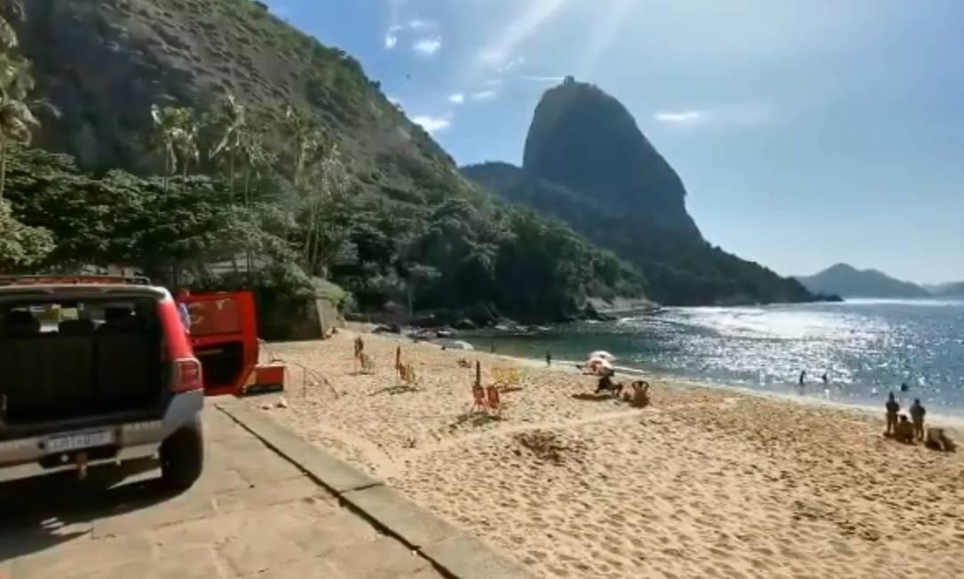 Defesa Civil e Bombeiros orientam banhistas a deixarem as praias Foto: Divulgação