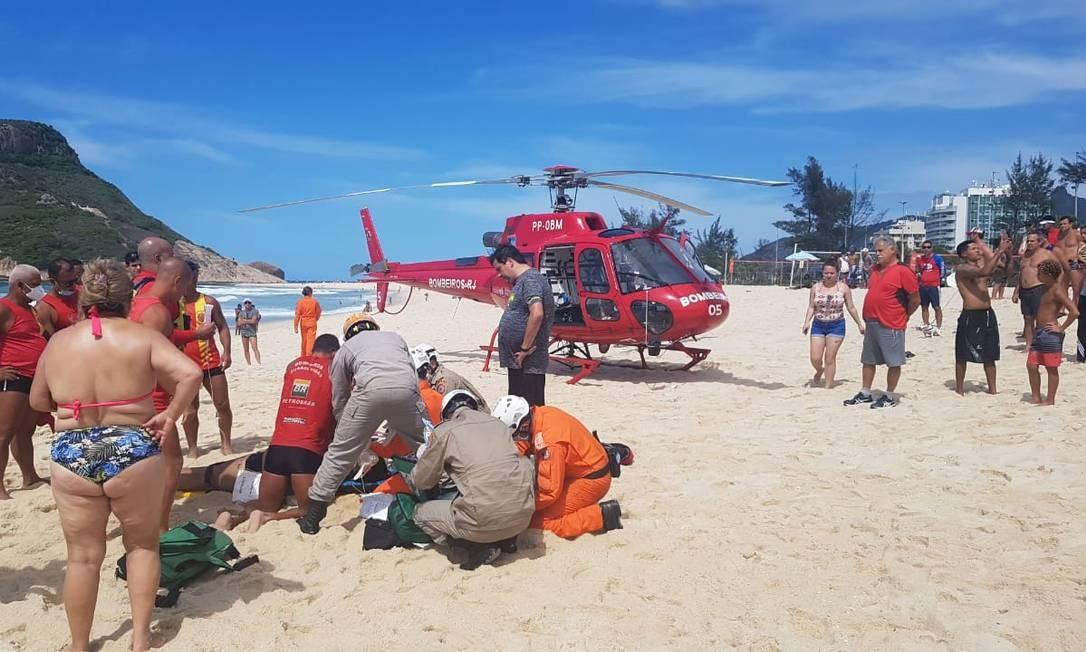 Corpo de Bombeiros foi acionado por volta das 9h Foto: Luiz Ernesto Magalhães
