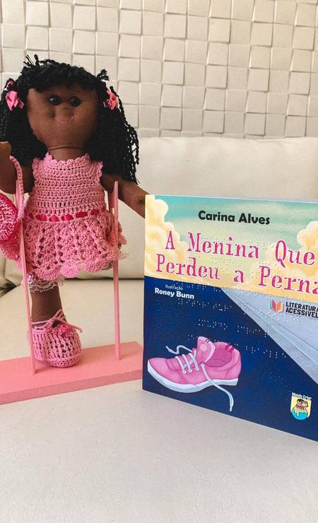 Uno de los libros que se presentará en el proyecto cuenta la historia de una niña negra que perdió una de sus piernas.