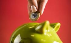 Reprodução de um cofrinho para moedas Foto: Fabio Seixo / Agência O Globo/08-10-2014