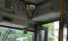 Ônibus circulam em Niterói com as câmeras vedadas por ordem do tráfico Foto: Leonardo Sodré / Agência O Globo