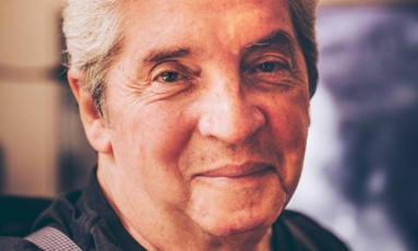 O cineasta, dramaturgo e ator Domingos Oliveira Foto: Fábio Seixo / Agência O Globo